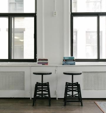 stools 690339 1920 - Home-ru