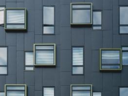 building 1245984 1920 - Окна из ПВХ